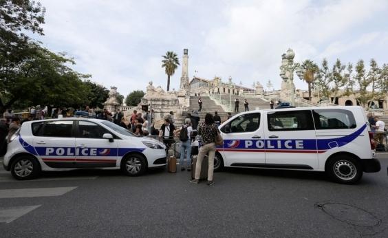 Homem mata duas pessoas a facadas no sul da França e é morto logo em seguida