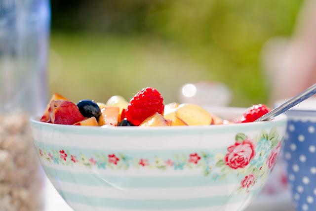 Sommer, Frühstück im Freien