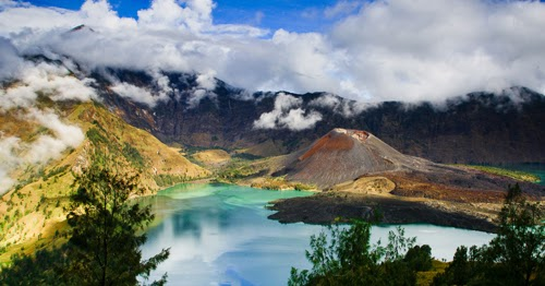 Things to do in Bali and Indonesia Travel Map: Mountain Rinjani, Hunting The Elevation Gear Upwardly On Inward Due West Nusa Tenggara