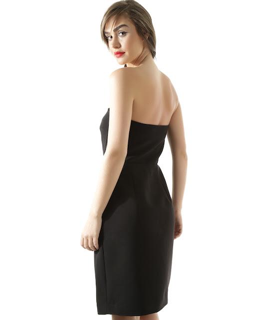 Vestido elle que lembra o espírito minimal dos anos 90