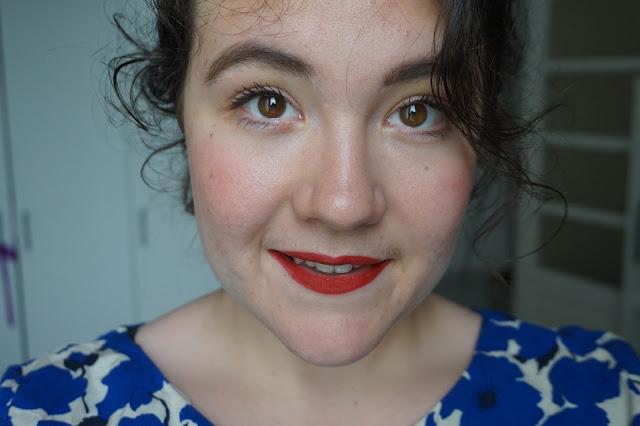 rouge_favoris_red_lipsticks_revue_avis_swatches_velvet_mat_nars_cruella