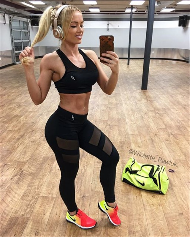 Fitness Model Wioletta Pawluk Instagram photos