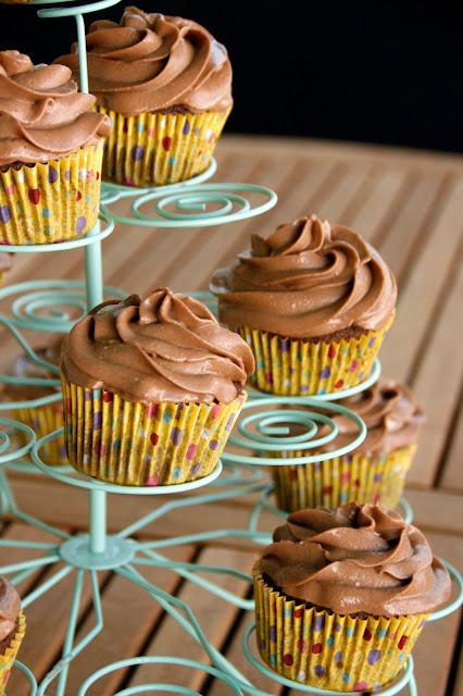 Cupcakes de chocolate con crema de queso de nutella