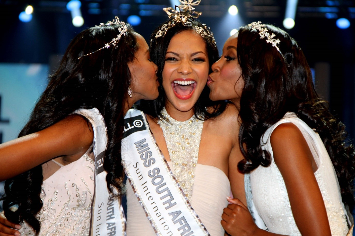 Prizes for the winner of miss universe