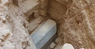 وزارة الآثار تعلن رسميا محتويات تابوت الإسكندرية