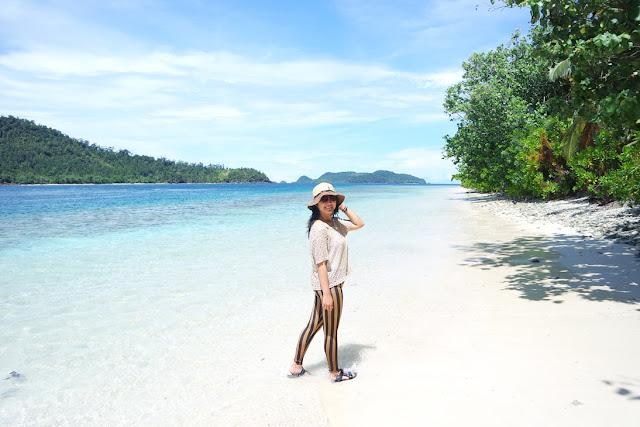 cantiknya pantai di pulau pagang padang