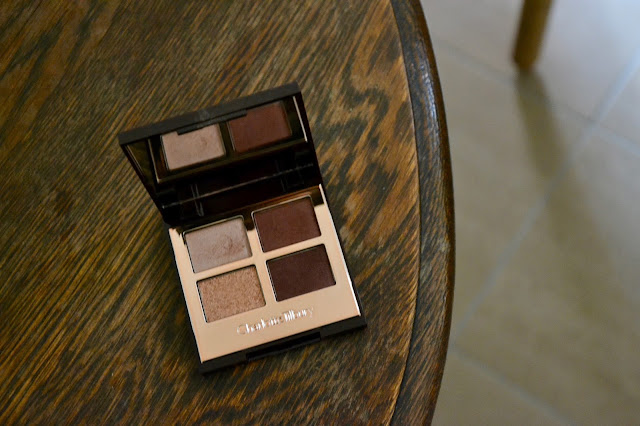 Review: Charlotte Tilbury Luxury Eyeshadow Palette in Vintage Vamp