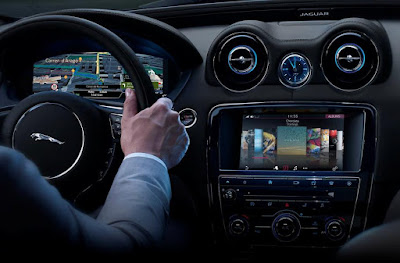 Jaguar XJ Features: traction, 4-wheel ABS