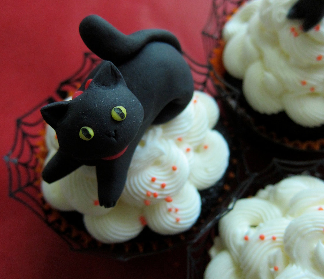 Halloween Cat Cake Topper