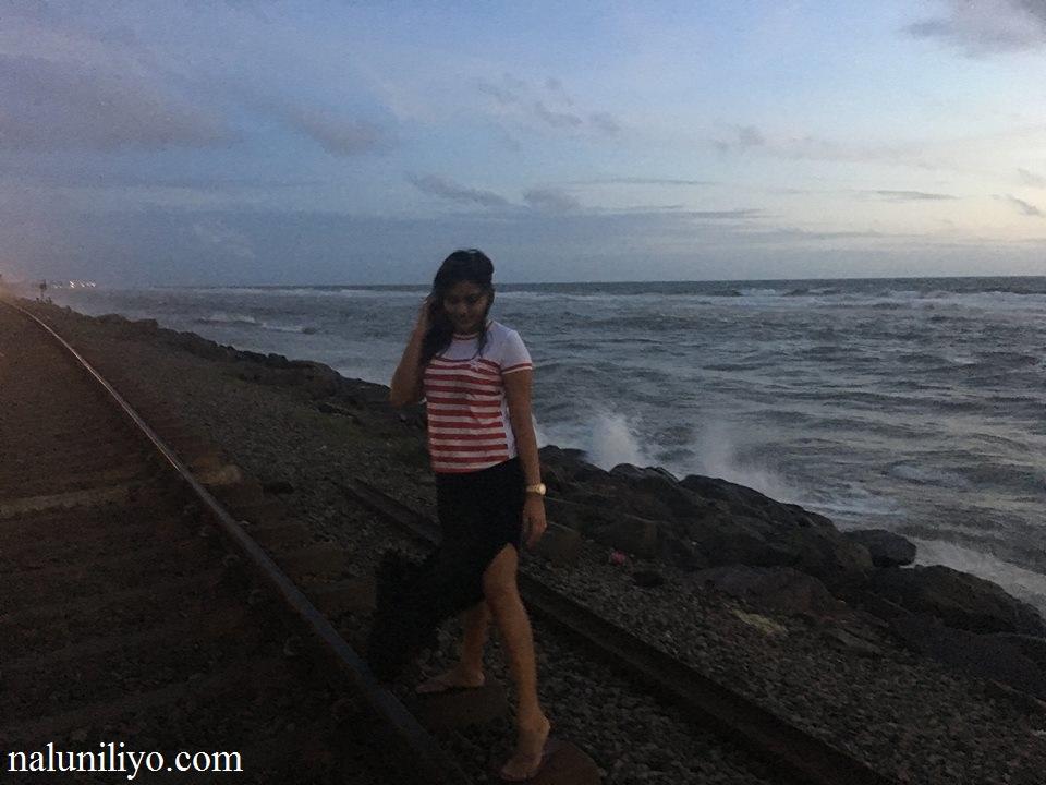 Piumi Hansamali beach