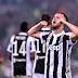 Real Madrid e Barcelona travam batalha pela contratação de Pjanic, diz tv italiana