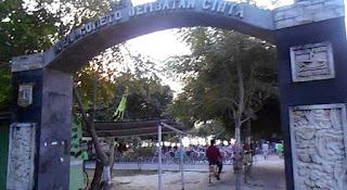 gerbang jembatan cinta pulau tidung