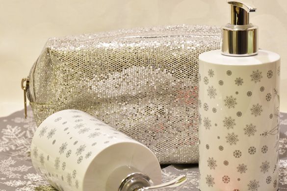 Bathroom design DIY decorating accessory set
