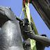 Άρον – άρον έστησαν το άγαλμα του Μεγάλου Αλεξάνδρου στη Λεωφόρο Αμαλίας