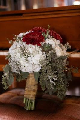 maroon wedding bouquet
