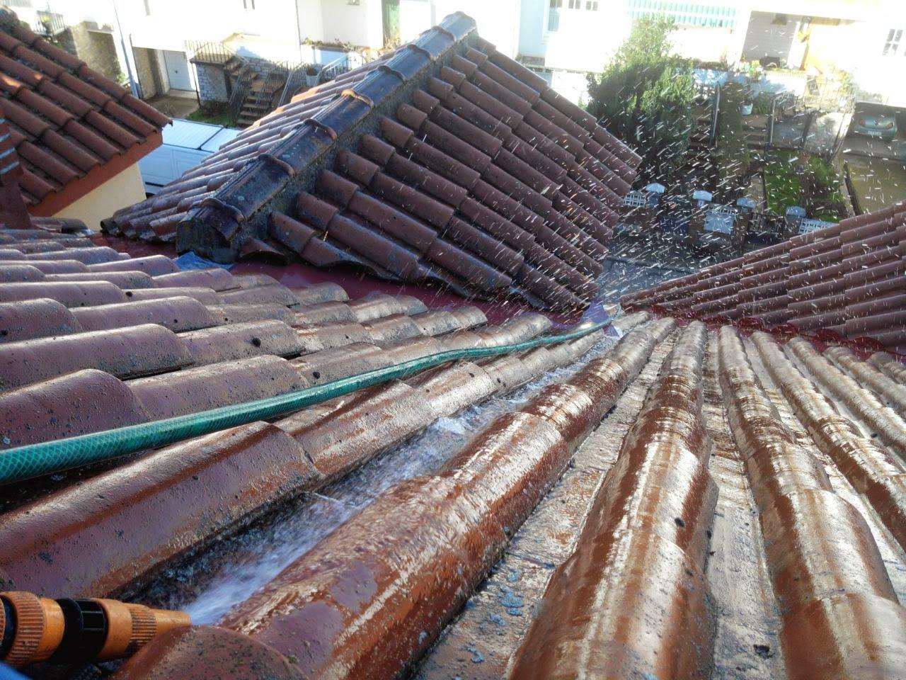 Reparacion y Localizacion de Goteras, en Tejados de León, presupuestos tlf 618848709 y 987846623.