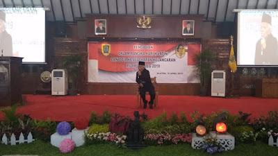 Panitia Hari Kartini Klaten Menghadirkan Dai Kondang KH Dzuri Azhari Dari Semarang