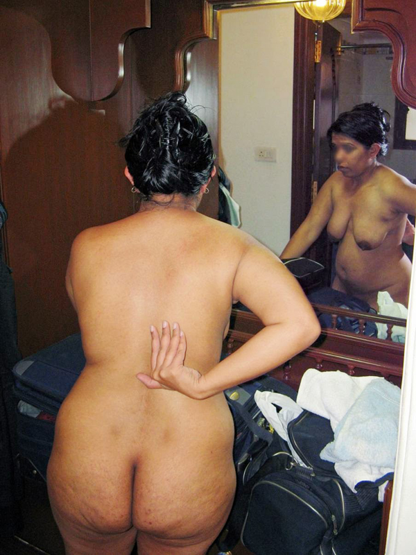 Indian Porn Girls Photo Desi Bhabhi Aunty Bathing Porn -7986