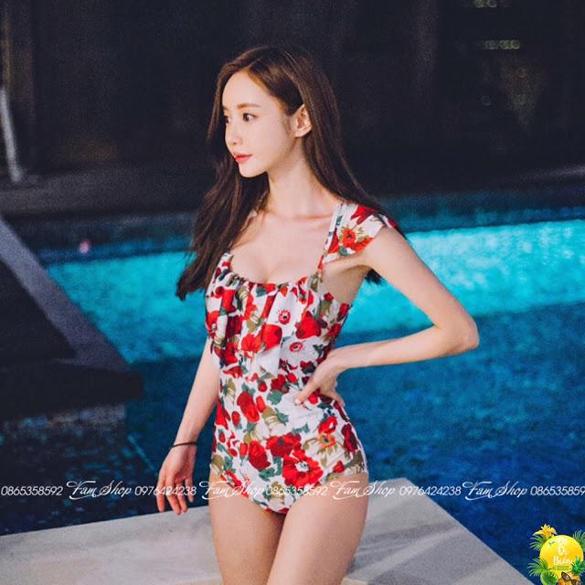 Cua hang ban bikini tai Chuong My