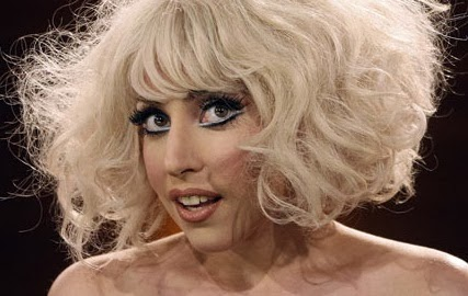 10 PHOTOS OF LADY GAGA HAIRSTYLES