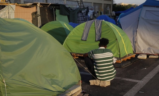 Από την πρόθυμη Ελλάδα περνάει η συμφωνία για τους πρόσφυγες στη Γερμανία