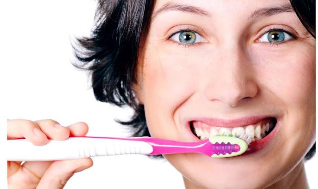 Como escovar os dentes de forma correta