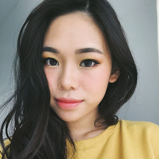 Beauty Vlogger Molita Lin