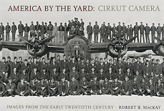 Couverture de l'ouvrage America by the Yard: Cirkut Camera - Images from the Early Twentieth Century publié en 2006 par W. W. Norton & Company
