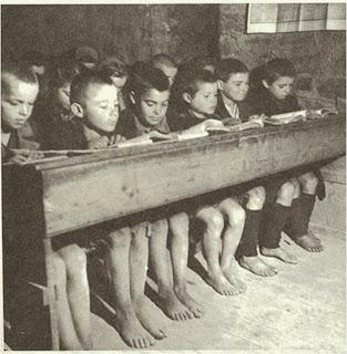 Αποτέλεσμα εικόνας για εικονες παλιων σχολειων
