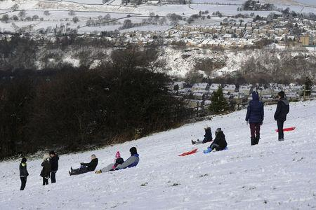 WEATHER WARNING: When is it forecast to snow in Bradford and what time?