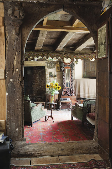 Roses Farm: A dreamy British renovation