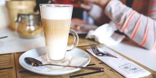 manfaat susu skim bubuk, merk susu skim untuk diet, merk susu skim di pasaran, kandungan susu skim, susu skim indomilk, harga susu skim, cara membuat susu skim, efek samping susu skim, susu skim sebagai penurun berat badan, SUSU SKIM sebagai Aneka Minuman Penurun Berat Badan