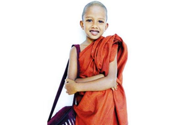 இலங்கை வரலாற்றில் பௌத்த துறவியாகும் முஸ்லிம் சிறுவன்