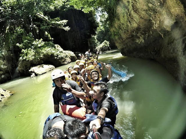 body rafting green canyon