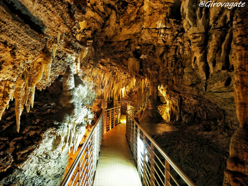 Nell'Antro del Corchia, le meravigliose grotte delle Alpi Apuane!