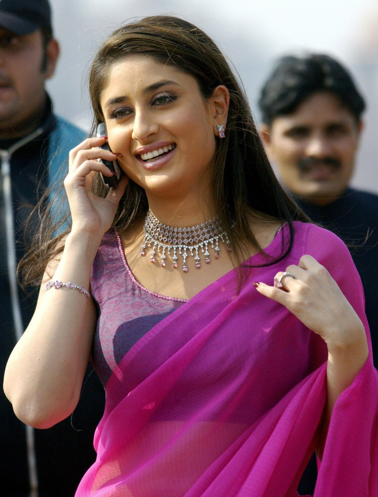 Kareena Kapoor Latest Hd Wallpapers-3390