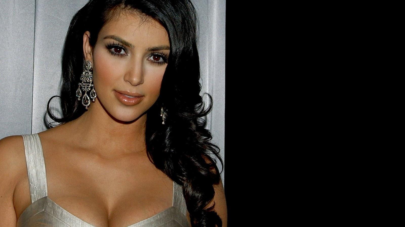 Kim Kardashian Hd Wallpapers  Wall Pc-3915