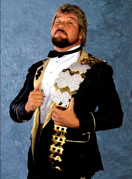 Pressing Catch WWF - El hombre del millón de dólares
