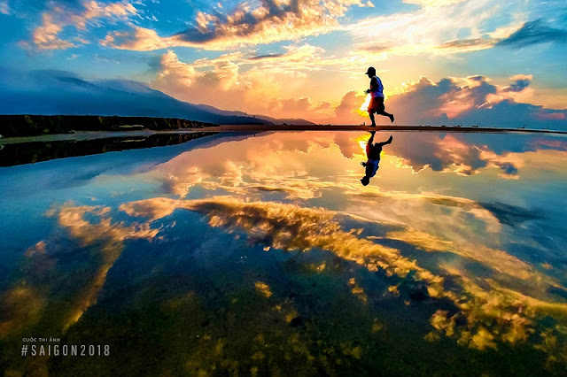 Beautiful moments of sunrise and sunset throughout Vietnam 3