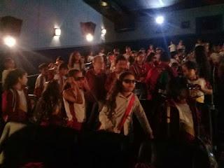 Alunos do CSJD vão ao cinema na Semana da Criança...