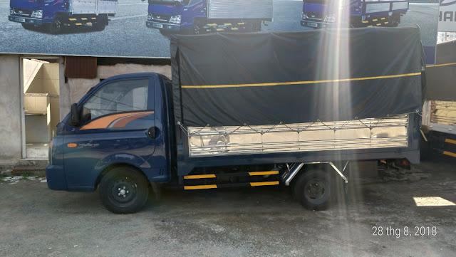 Xe tải Hyundai 1,5 tấn Porter H150 thùng bạt