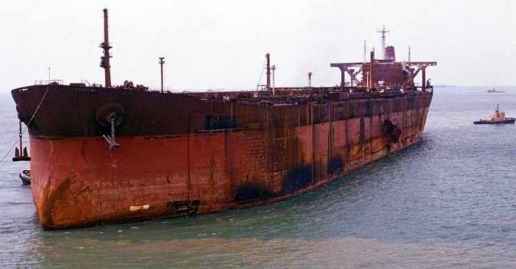 Seawise Giant eski bir deniz canavarıdır, 1979'dan 2010'a kadar aktif olarak kullanılmıştır.