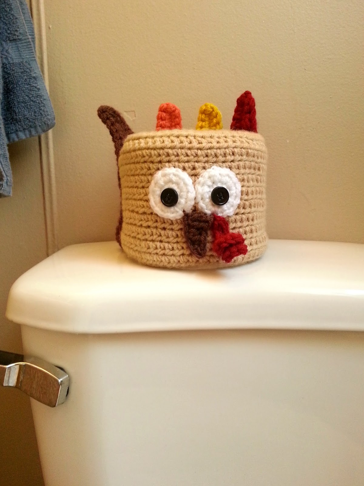 CuppaStitches: Thanksgiving Turkey Crochet Toilet Paper Roll Cover