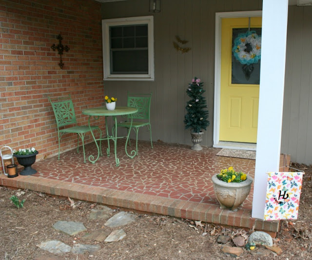 Add some Spring to your front porch with a few easy DIY projects!