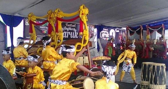 Festival Angklung Caruk Banyuwangi, 17/2/2018.