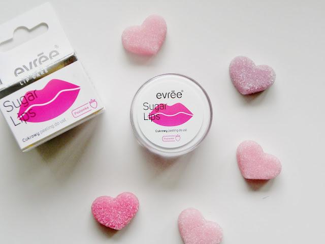 Nowość Evree - sugar lips | Cukrowy peeling do ust o zapachu poziomkowym