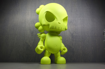 "Neon Green Skullhead Blank 15"" Resin Figure by Huck Gee"