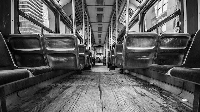 Mana lebih bahaya, naik bas, naik keretapi atau naik kereta? Fakta statistik