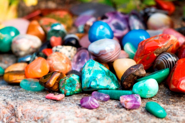 Why Gemstones Can't Be Found Everywhere?