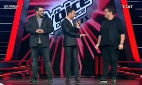 The Voice: Τι έκανε ο Καπουτζίδης όση ώρα ο Γιάννης και ο Ξενοφών τραγουδούσαν;